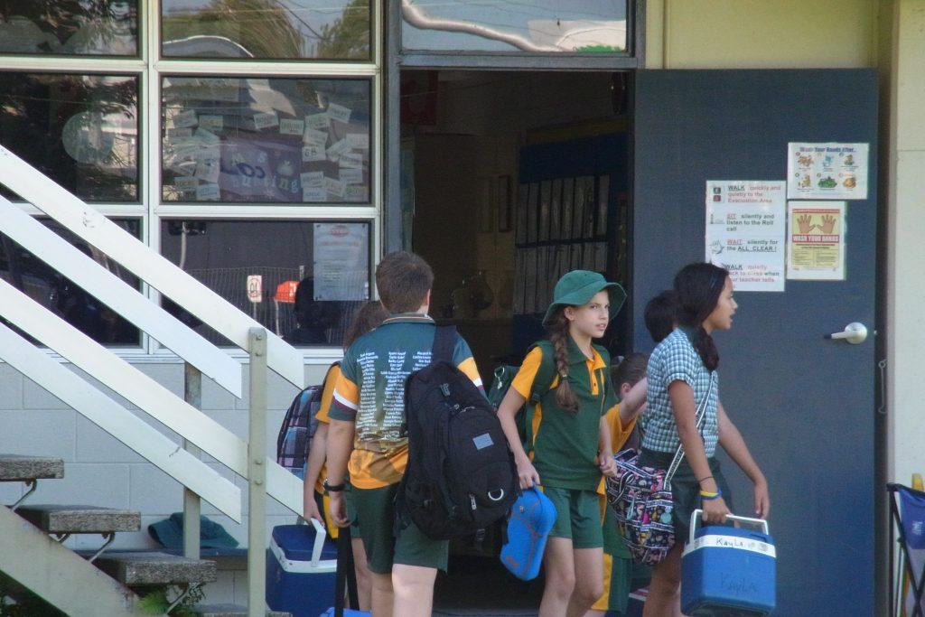 オーストラリアの小学校が持つランチクーラーBOX